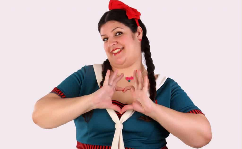 Coria Castillo vuelve al circuito Café Teatro