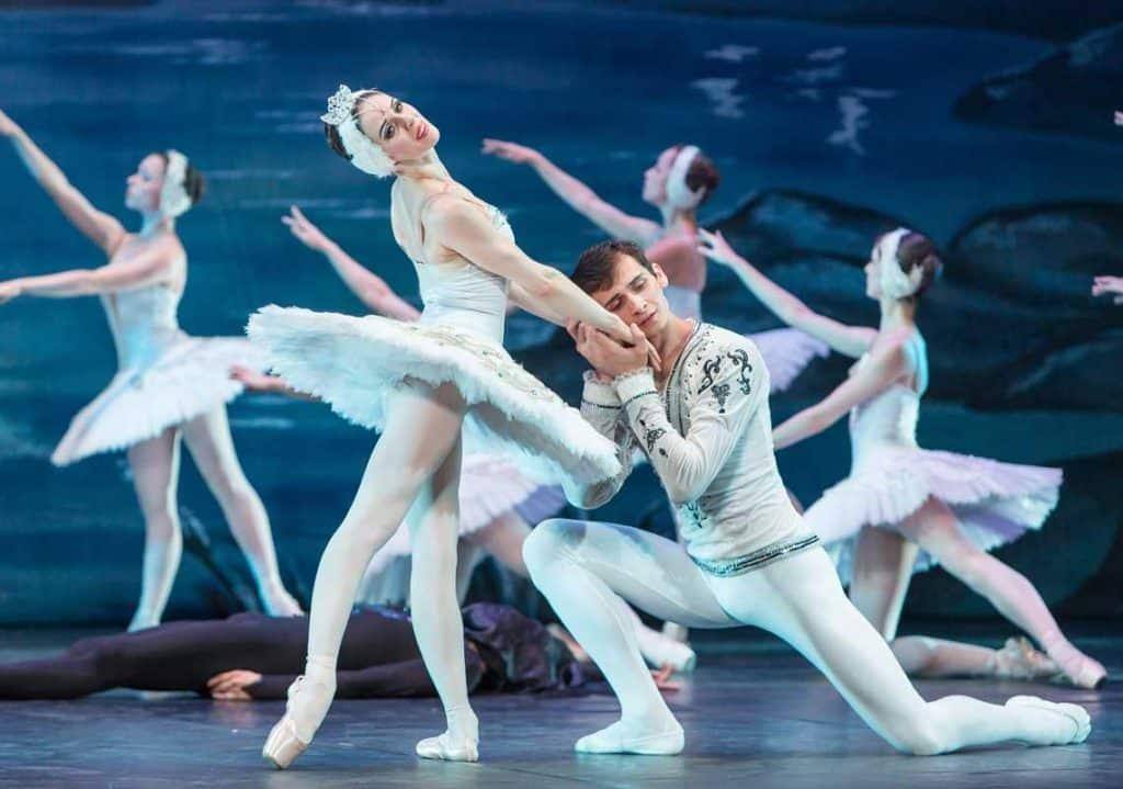 Lago de los Cisnes - Teatro Olympia