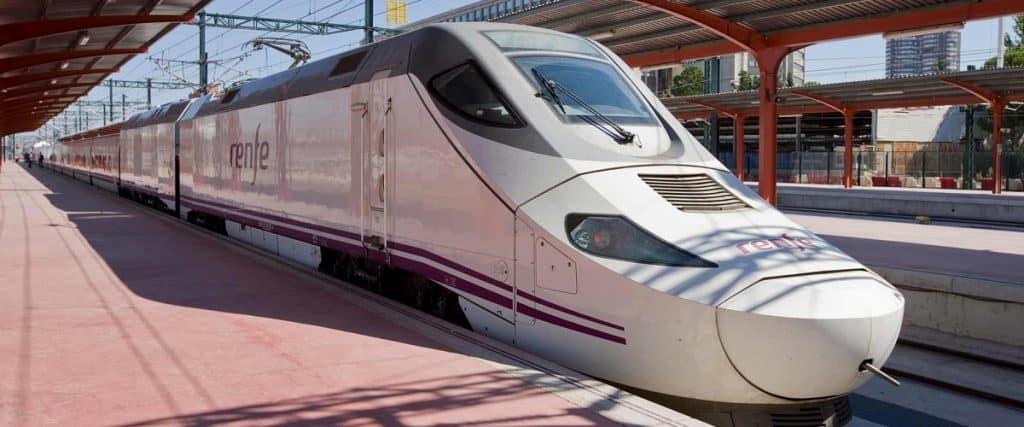 Renfe de València a Barcelona