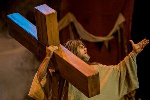 Xavi Castillo trae La Biblia al Teatro Micalet