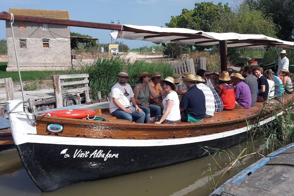 Paseos en barca por la albufera